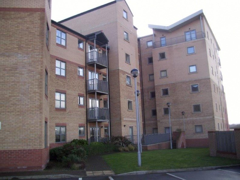 Best 2 Bedroom Ground Floor Flat To Rent In Kentmere Drive With Pictures