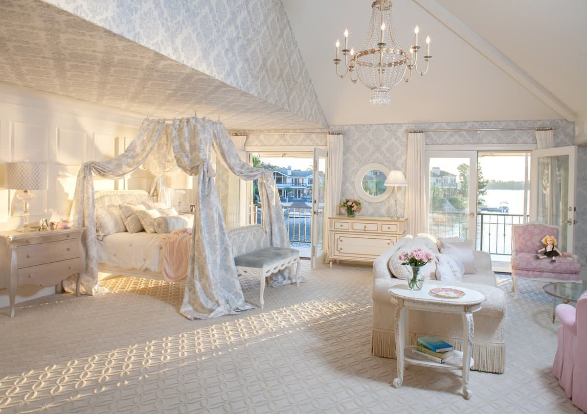 Best Fit For A Princess Decorating A Girly Princess Bedroom With Pictures