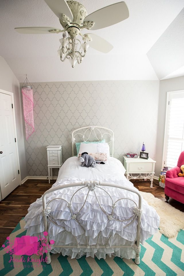 Best Sassy And Stenciled A Tween Room Makeover With Pictures