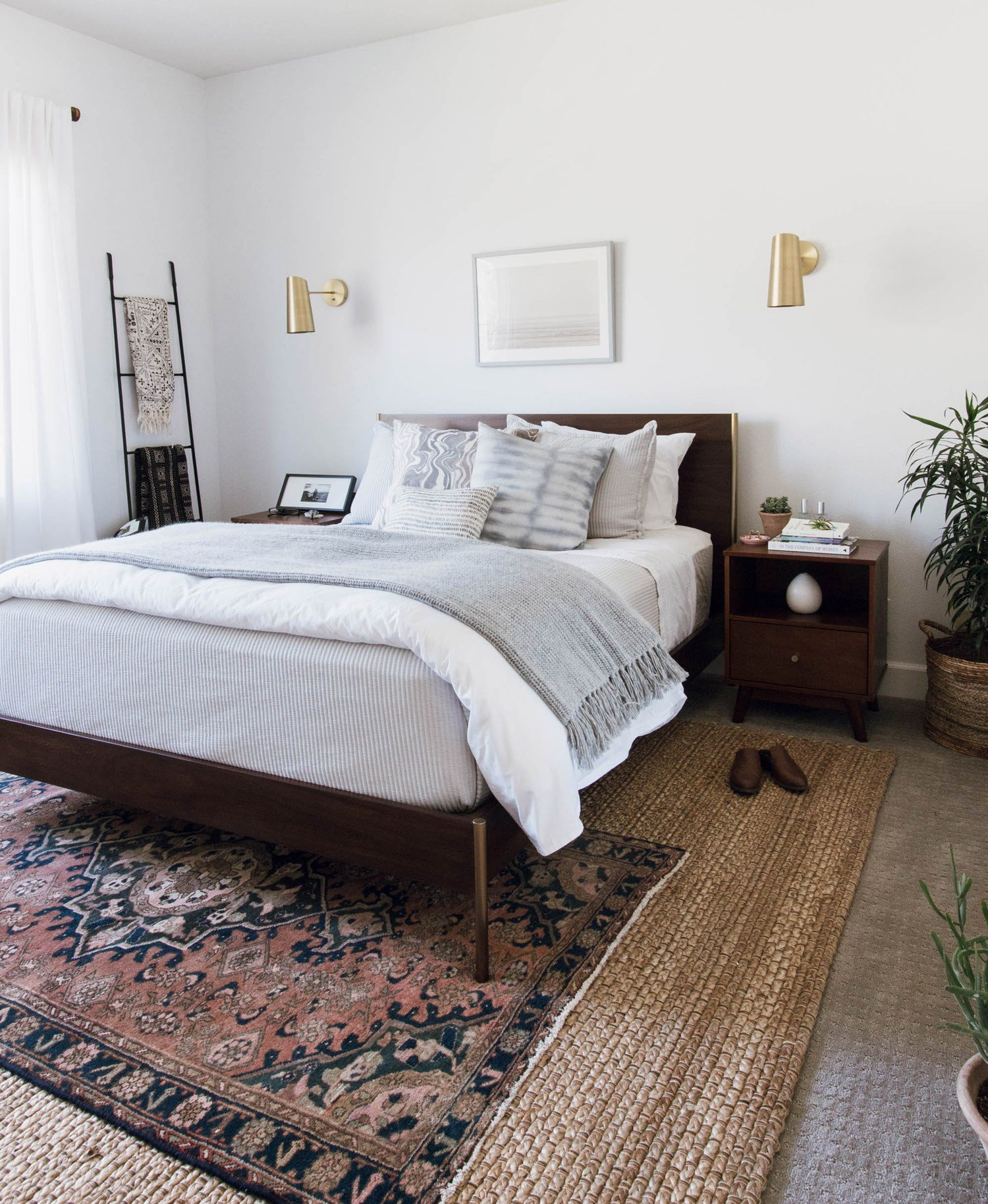 Best This Bedroom Makeover Is What Scandi Minimalist Dreams Are With Pictures