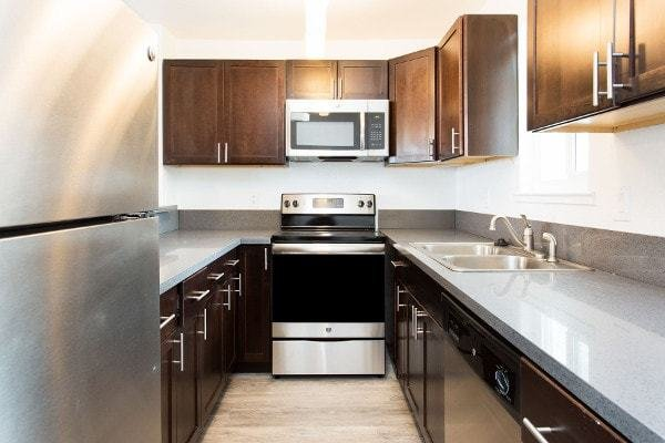 Best 2 Bedrooms 2 Baths Apartments For Rent In Hayward Ca With Pictures