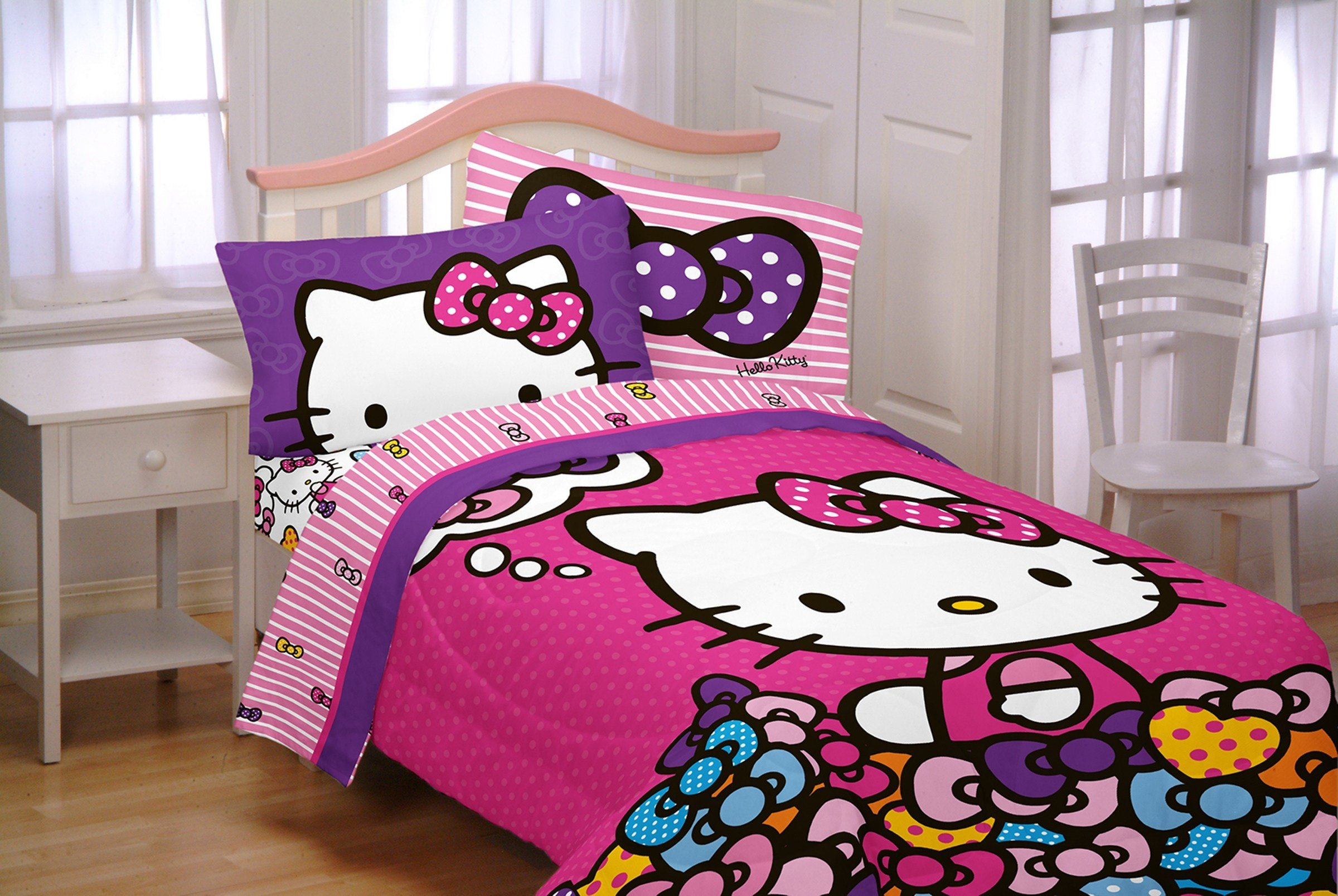 Best Sanrio Hello Kitty Twin Full Reversible Comforter With Pictures