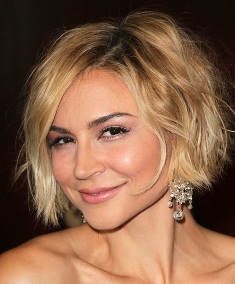 Free Short Hairstyles For Women In Their 30S Wallpaper