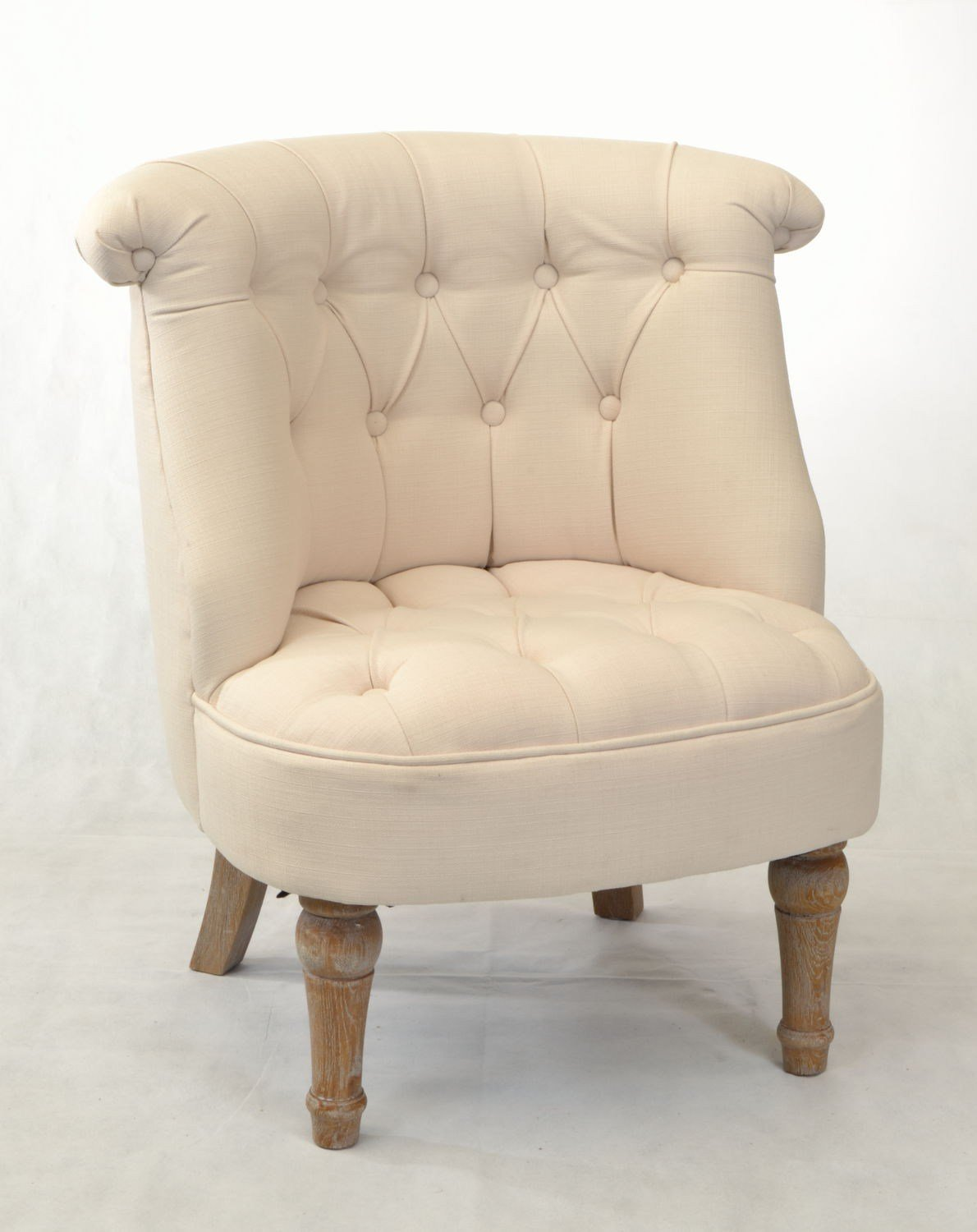 Best Buy A Small Bedroom Chair For An Accent Piece To Your Room With Pictures