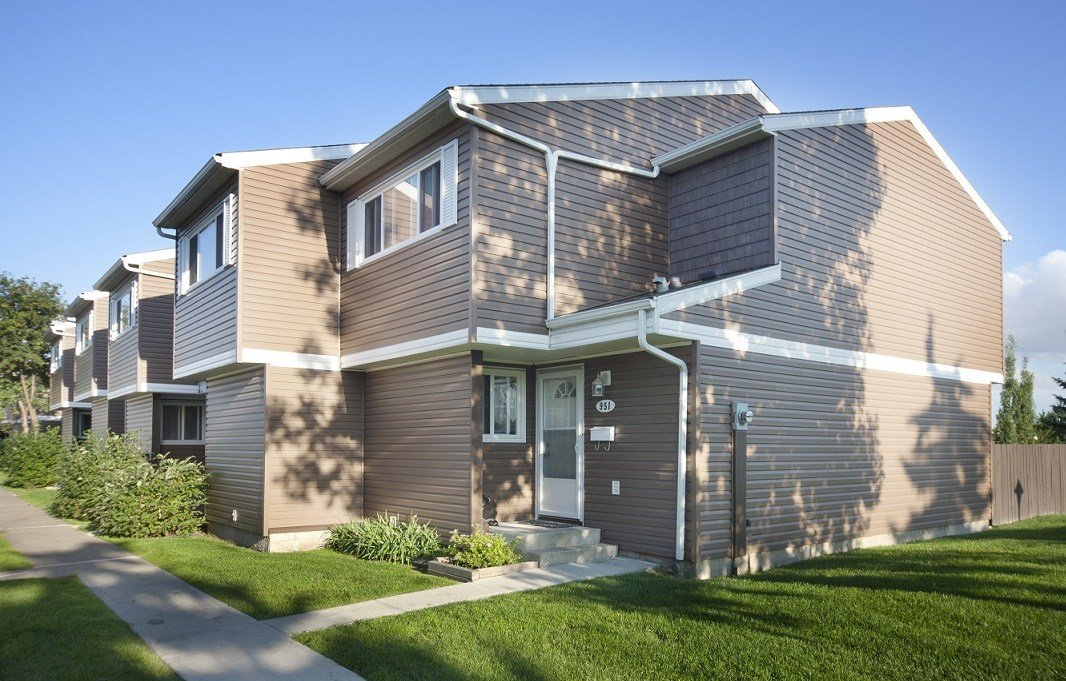 Best Edmonton North East 2 Bedrooms Townhouse For Rent Ad Id With Pictures