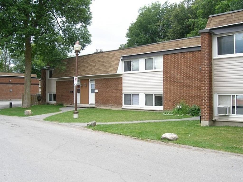 Best 2 Bedrooms Kanata Townhouse For Rent Ad Id Nar 300447 With Pictures