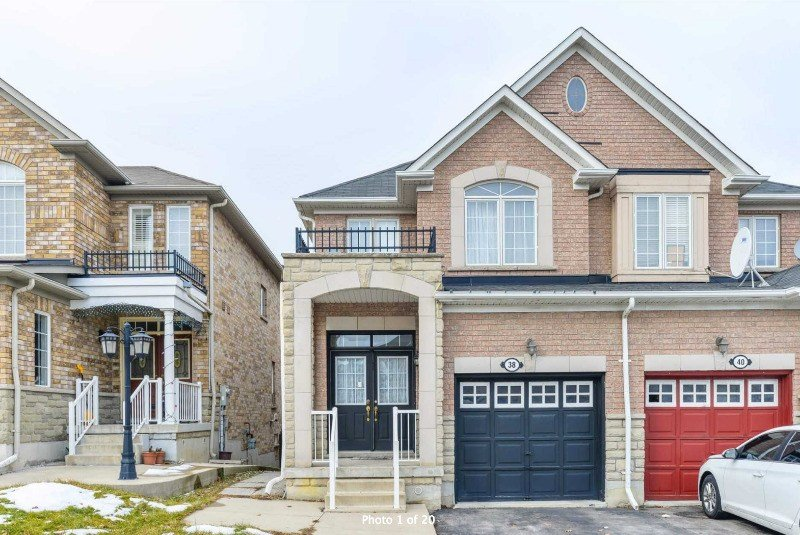Best 3 Bedroom Home With Basement Apartment Bovaird Sunnyvale Houses For Sale Mississauga With Pictures