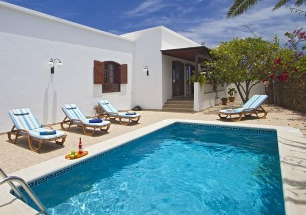Best 4 Bedroom Villa Costa Teguise Villa Monsul Unique With Pictures