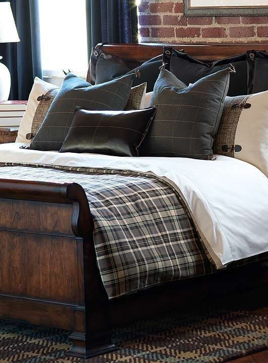 Best 35 Awesome Bedding Ideas For Masculine Bedrooms Digsdigs With Pictures