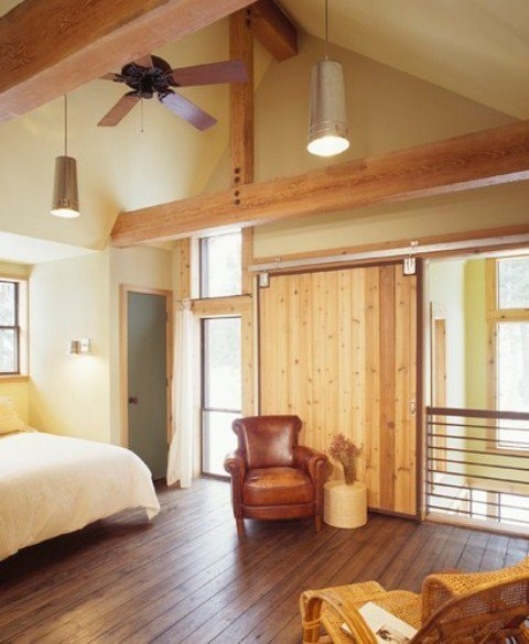 Best 36 Stylish And Original Barn Bedroom Design Ideas Digsdigs With Pictures