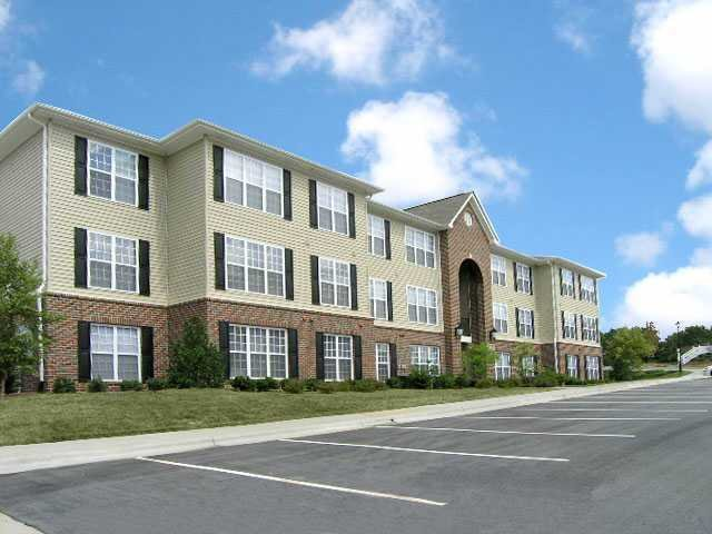 Best Legacy At Friendly Manor Everyaptmapped Greensboro Nc Apartments With Pictures