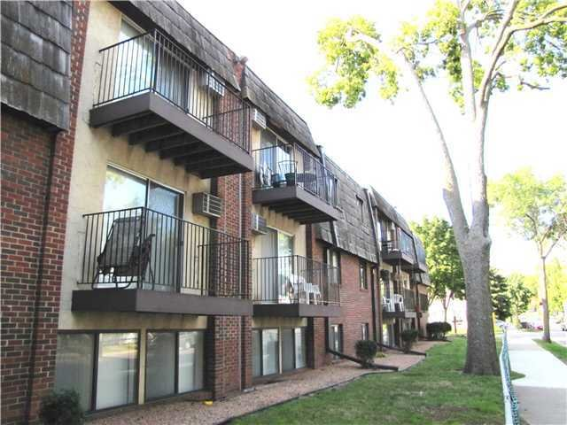Best Uptown Estates Everyaptmapped Minneapolis Mn Apartments With Pictures