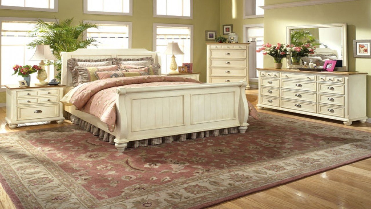 Best Country Cottage Bedroom Furniture Country Cottage Style With Pictures