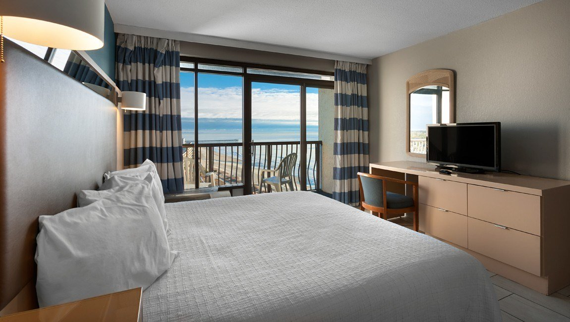 Best Oceanfront 2 Bedroom Suite At Hotel Blue Myrtle Beach With Pictures