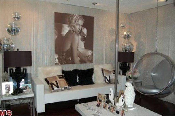 Best Paris Hilton S House Is For Rent With Pictures