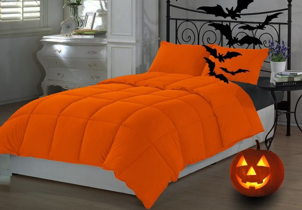 Best Halloween Bedroom Decorating Tips For A Spooky Celebration With Pictures