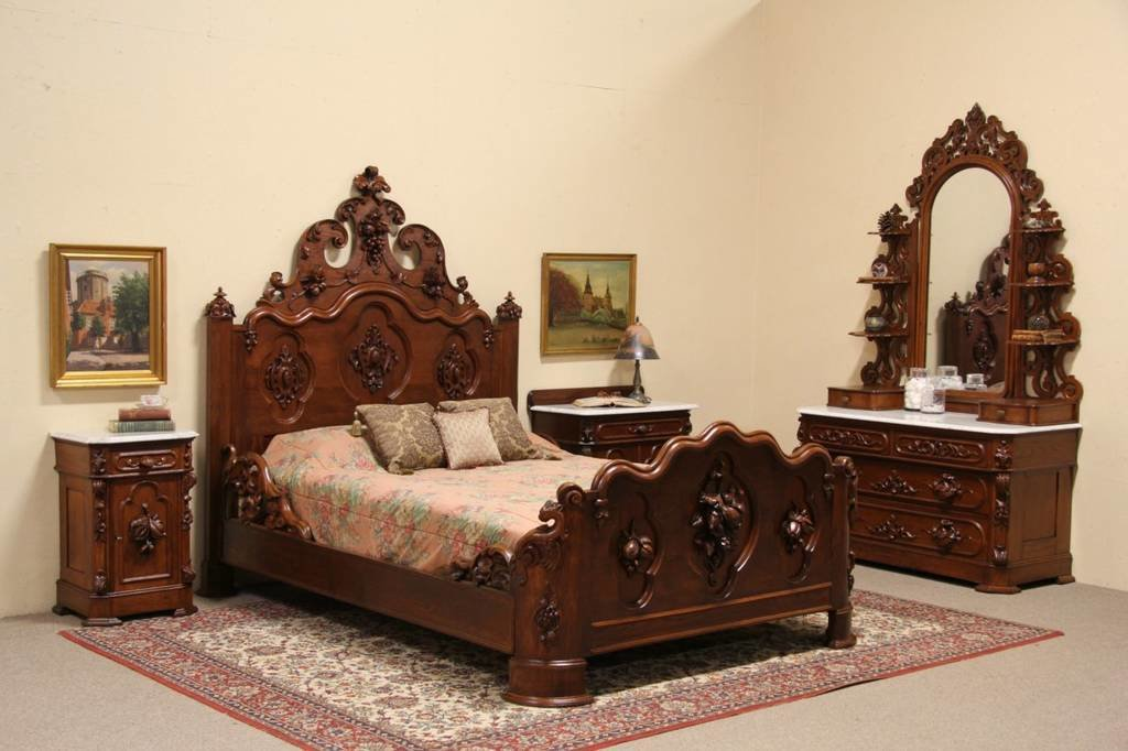 Best Victorian Carved Oak Chestnut 1860 Queen Size 4 Pc With Pictures
