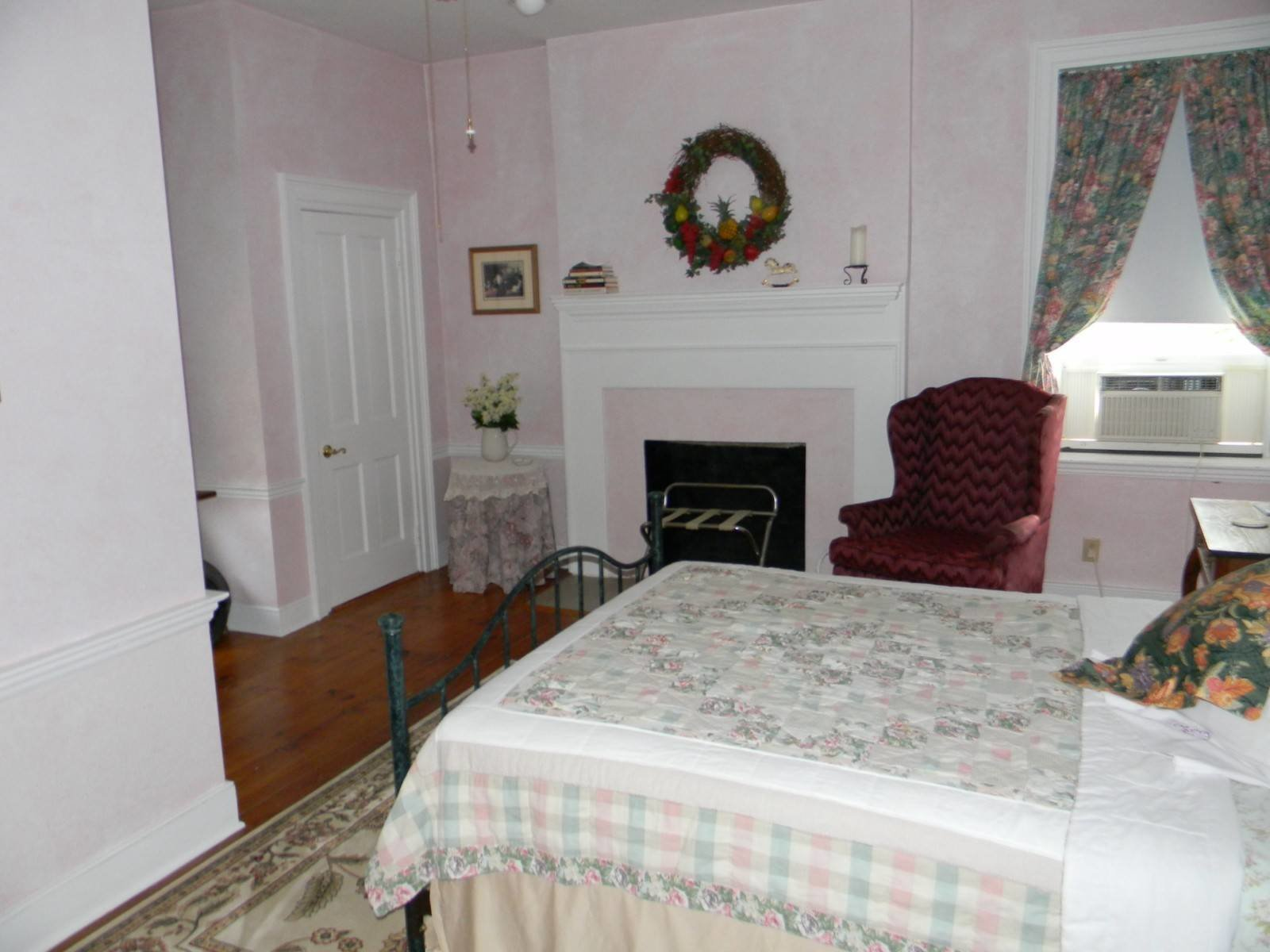 Best 939 Main St White Sulphur Springs Wv 24986 Historic Home For Sale Lewisburg Wv Homes For With Pictures