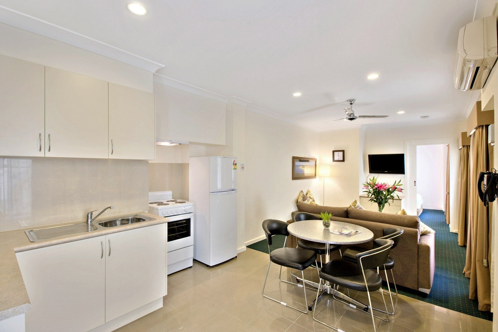 Best Melbourne Serviced Apartments For Rent Aparthotels With Pictures