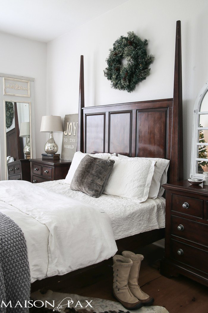 Best White Christmas Master Bedroom Maison De Pax With Pictures