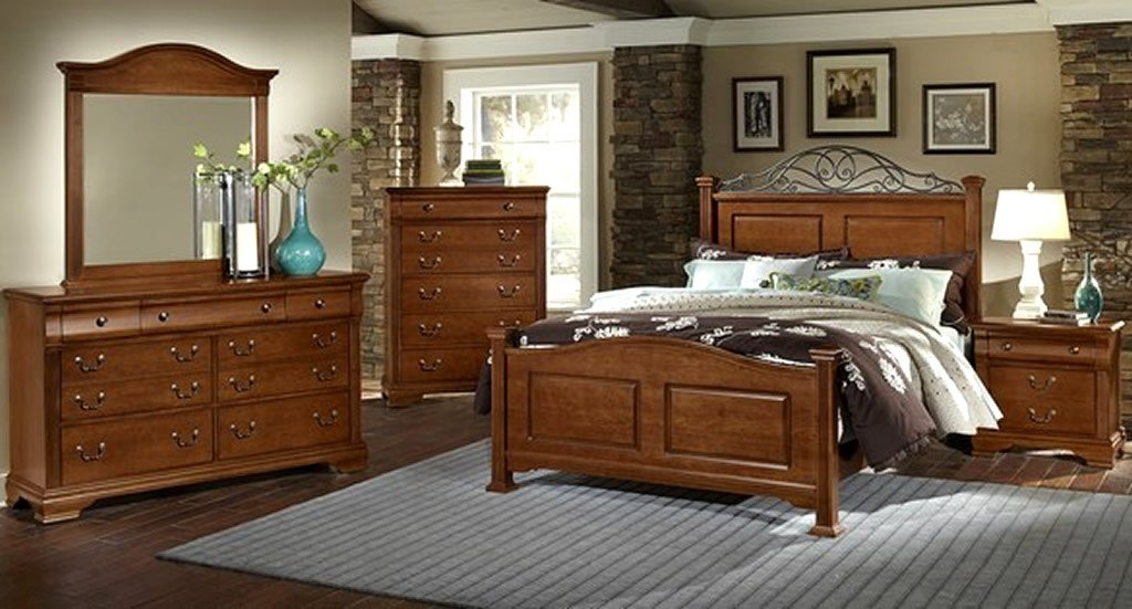 Best 13 Choices Of Solid Wood Bedroom Furniture Interior With Pictures