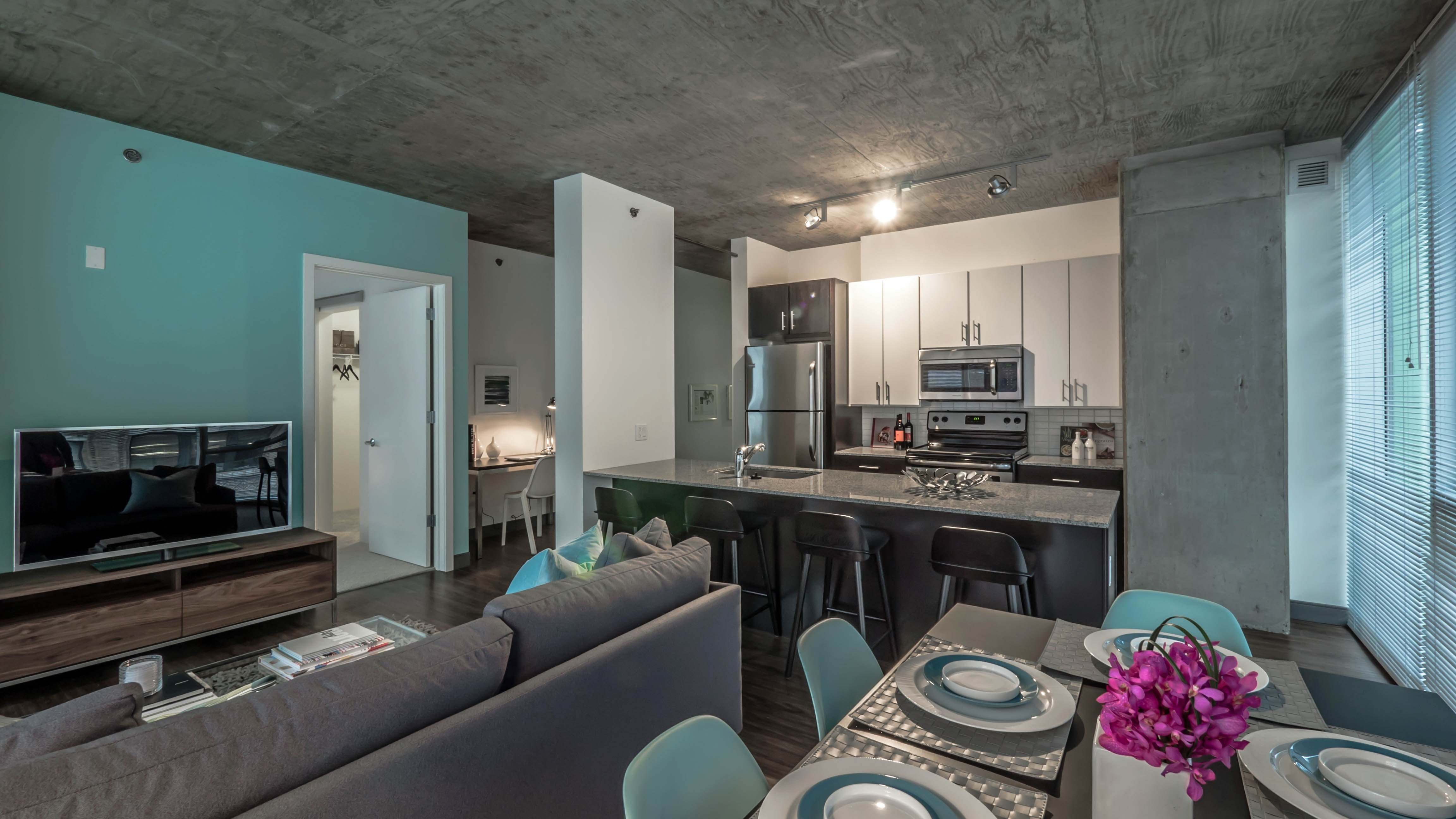 Best Chicago Apartment Review Jeffjack 601 W Jackson West Loop With Pictures