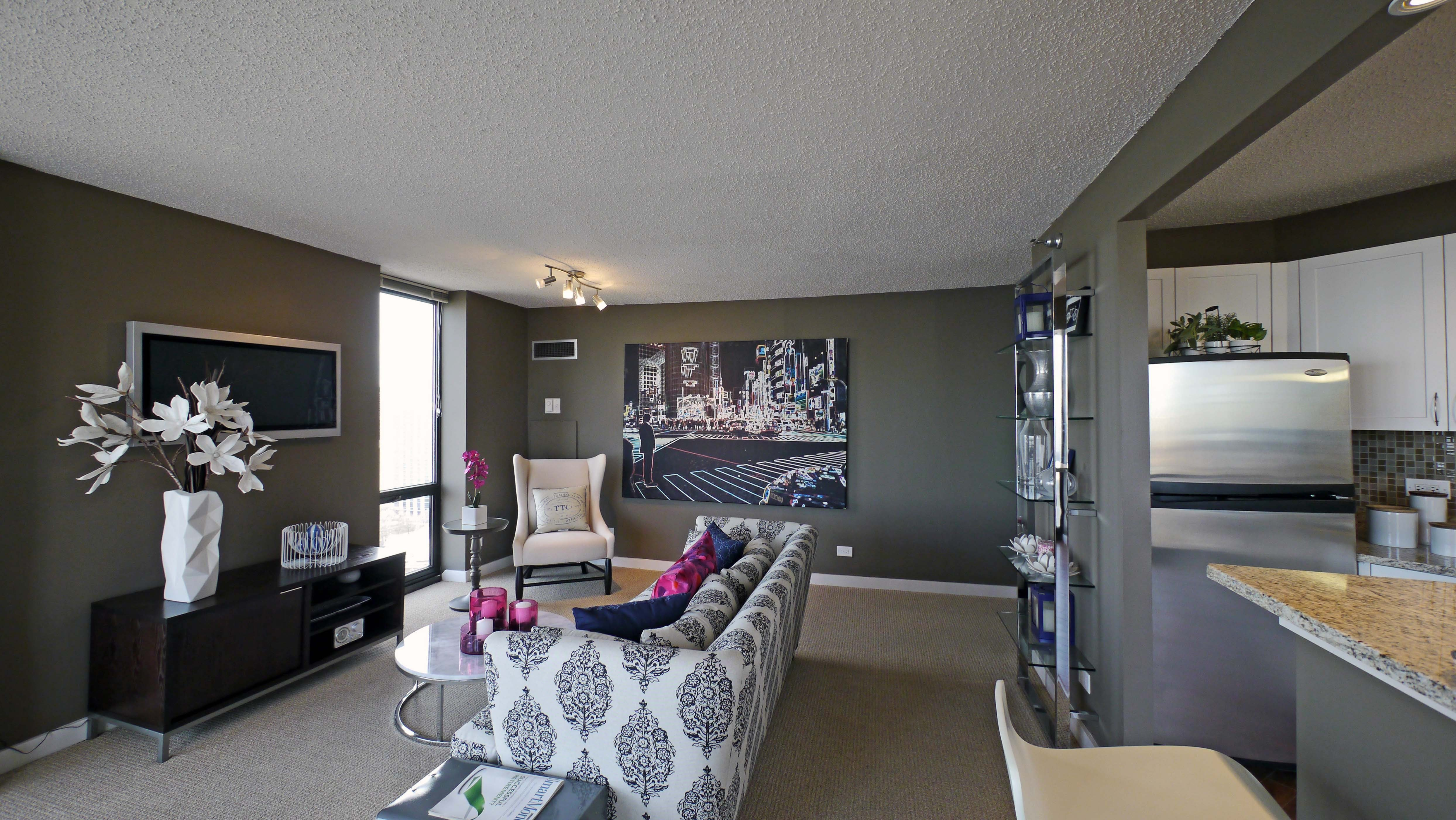Best Chicago Apartment Review Eugenie Terrace 1730 N Clark With Pictures