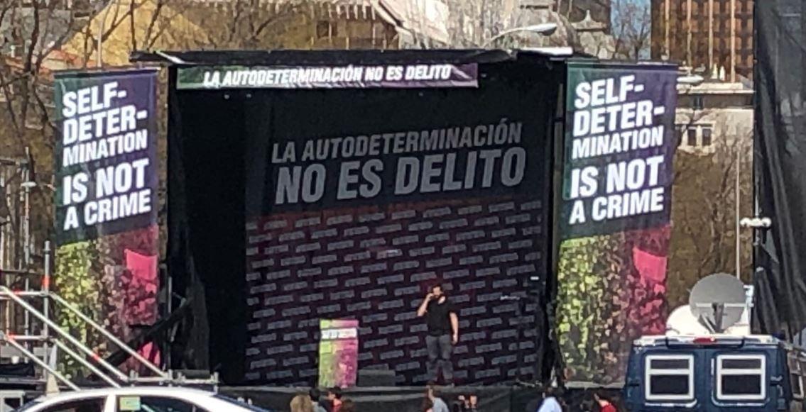 """""""Gracias por ser tan Franco"""". Maroto insinúa que con Casado no habrá manifestaciones """"¡nunca!"""""""