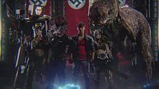 I nostri eroi al gran completo (manca solo Thor). I film dell'epoca erano soliti presentare un cast di personaggi di ogni risma, nella speranza di andare incontro ai gusti di un pubblico il più variegato e vasto possibile.