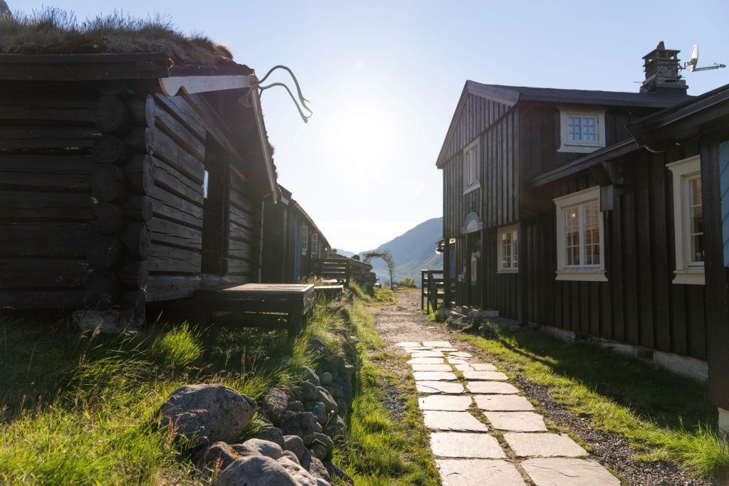 Gjendebu tourist lodge. Historical Route, Jotunheimen.