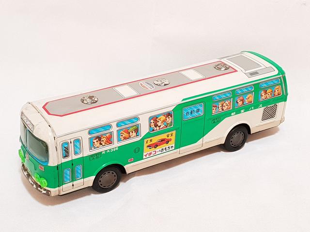 Vente aux enchères de Dinky Toys et jouets anciens à Nîmes 2