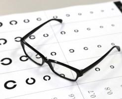 眼鏡を作るならまず眼科と眼鏡屋のどちらにいく?
