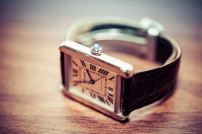 腕時計の電池交換は自分で出来る?自分と時計屋どっちでするべき?