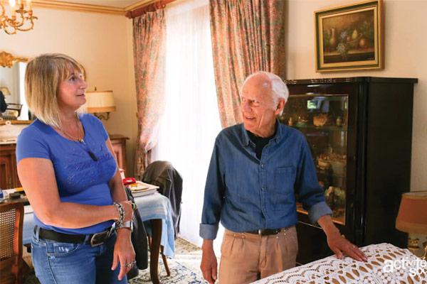 Valérie Perrin, assistante sanitaire et sociale, CMCAS Finistère-Morbihan et Raymond Coathalem,retraité./ CCAS