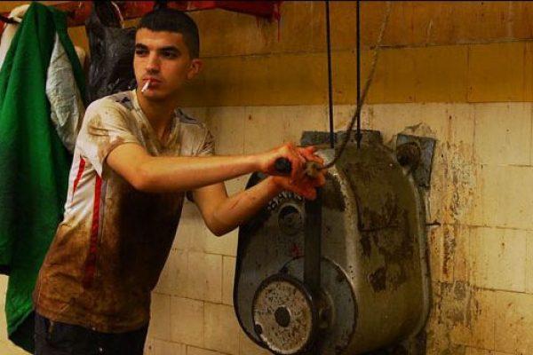 """Image tirée du film """"Dans ma tête un rond-point"""" d'Hassen Ferhani, 2016"""