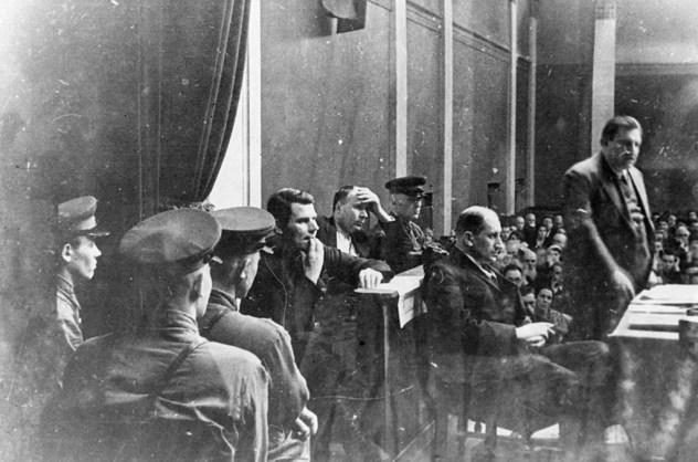 Les procès de Moscou sont une série de procès organisés par Joseph Staline entre août 1936 et mars 1938, pour éliminer ses anciens rivaux politiques en Union soviétique.