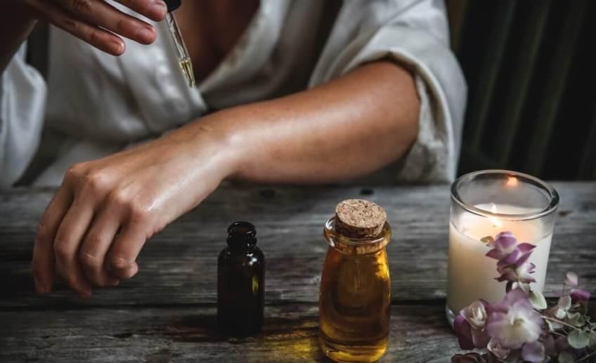 3 Produk Kecantikan yang Mengandung Essential Oil