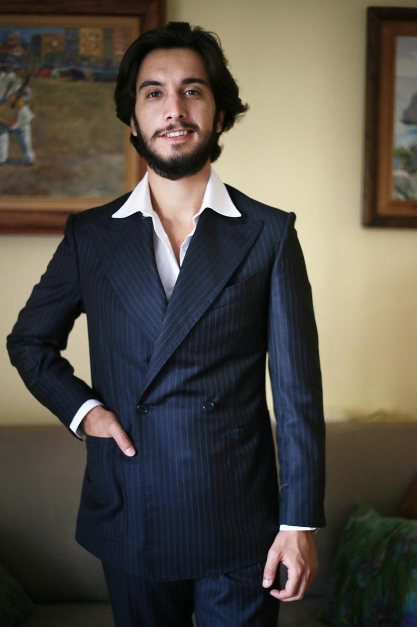 Neapolitan shoulder style