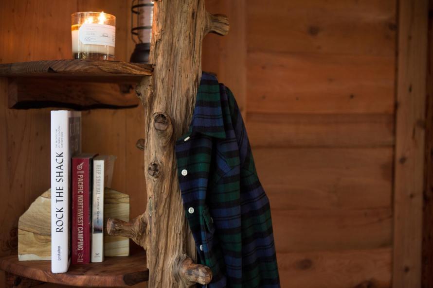 huckberry cozy winter cabin retreat getway styleforum gift guide
