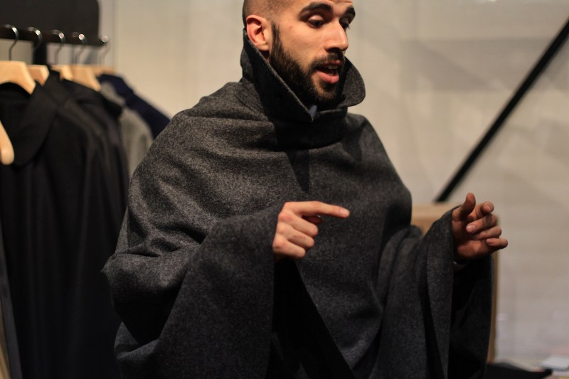 tabarrificio veneto pitti uomo 91 how to wear a cape