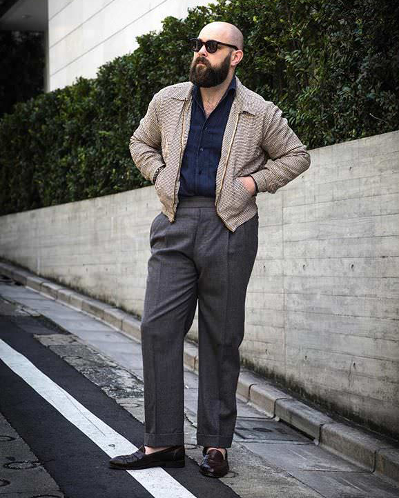 Casual style with a 1940's jacket.