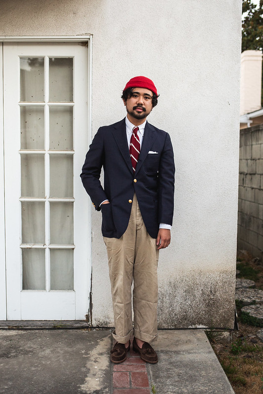 A Japanese-Americana inspired take, pairing the Navy Blazer with brass buttons with vintage WWII chinos.