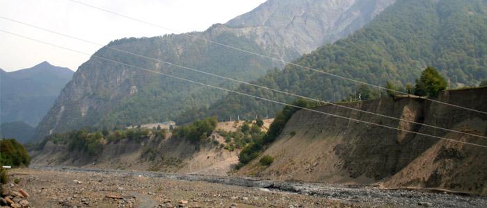 damiraparan river