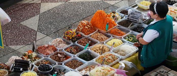 Almaty things to do - green bazaar