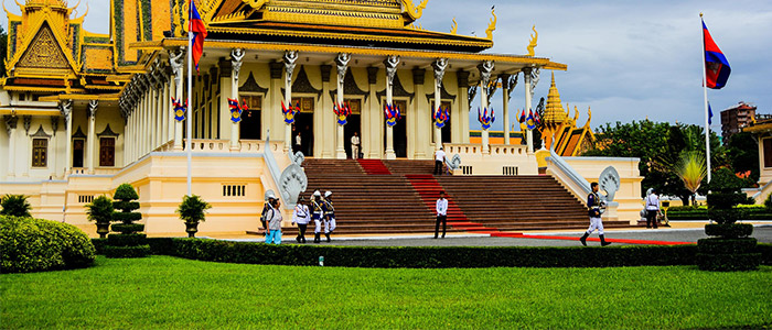 Things to do in Cambodia - Phnom Penh Palace