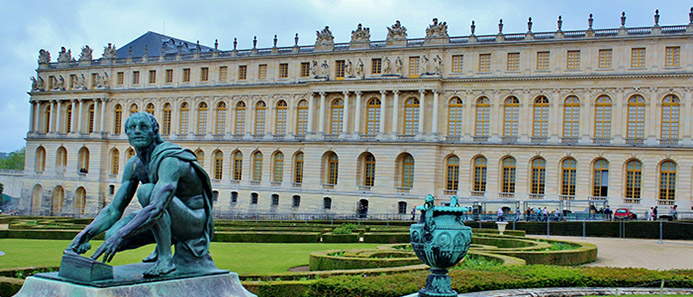 things to do in France - Chateau Versailles