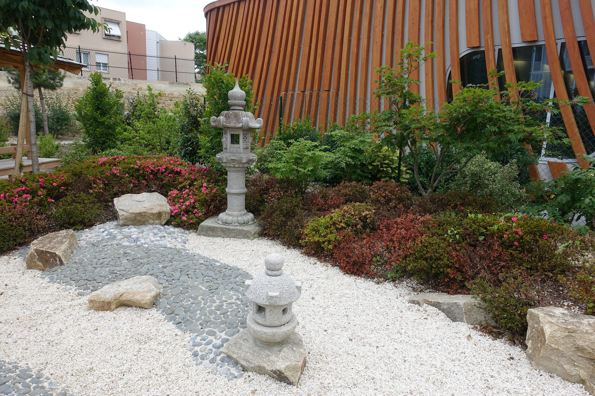 maison japonaise exterieur d coration japonaise exterieur. Black Bedroom Furniture Sets. Home Design Ideas