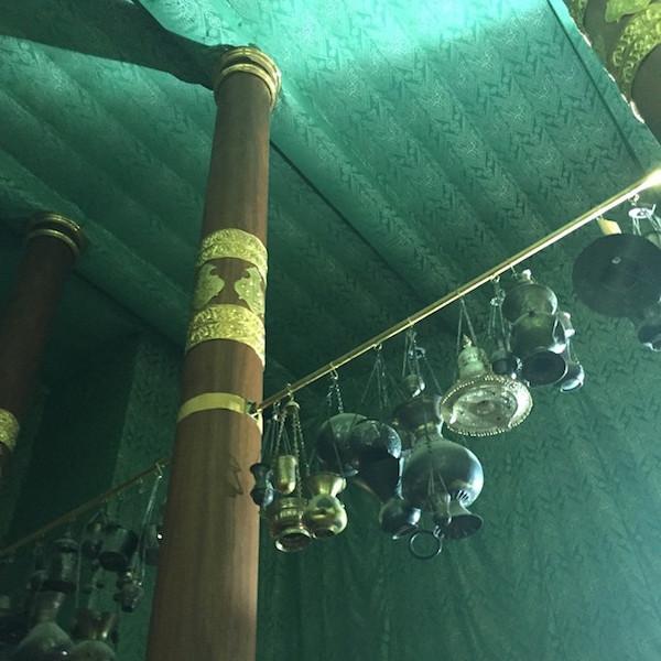 9 photos indites de lintrieur de la Kaaba
