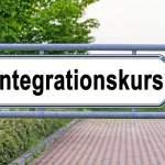 Integrationskurs (Bild: shutterstock.com/Von nnattalli)