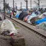 Bilder des Tages Flüchtlingscamp Idomeni Flüchtlingslager Idomeni Mehr als zehntausend Flüchtlinge